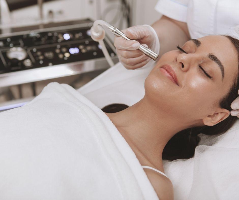 Microdermabrasie behandeling cleyo beauty professional
