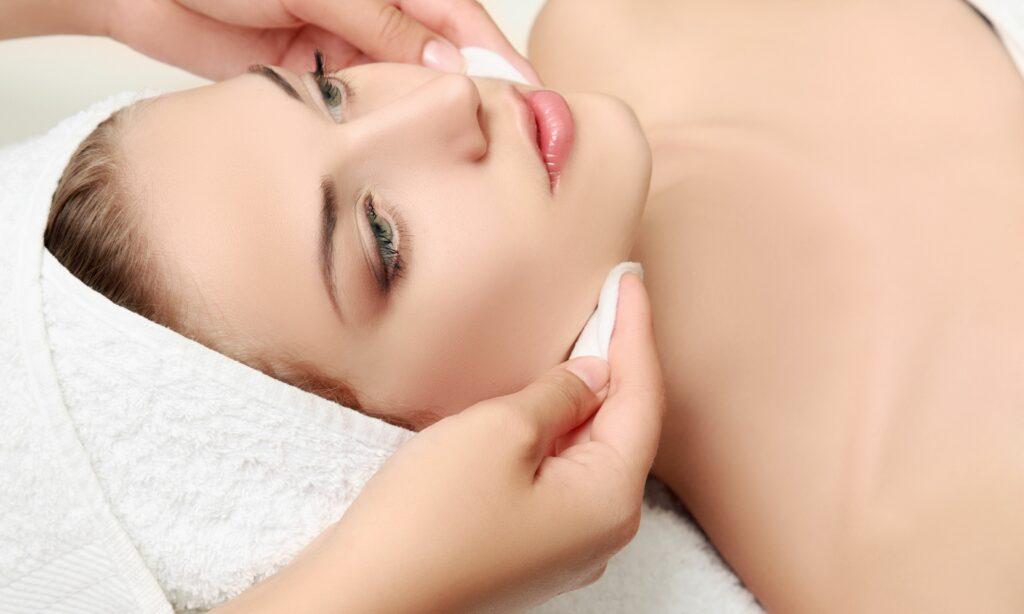gezichtsbehandeling cleyo beauty professional