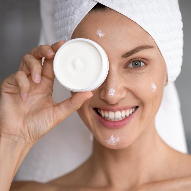 Cleyo Beauty Professional - Skin Expert